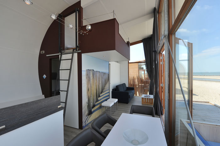overnacht op het strand leukeovernachtingen. Black Bedroom Furniture Sets. Home Design Ideas